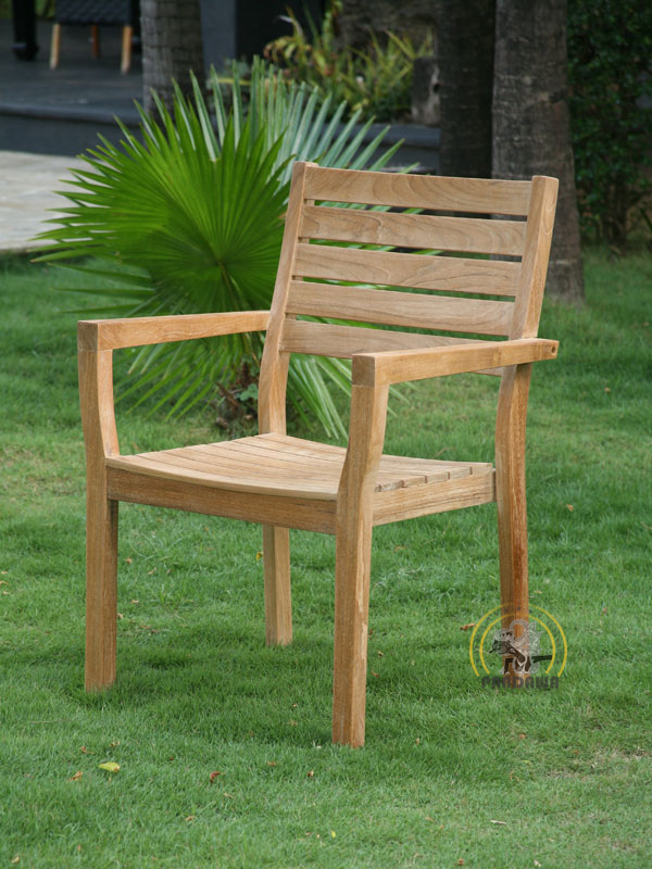 VALENCIA STACKING CHAIR